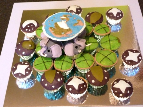 Discworld cupcakes side