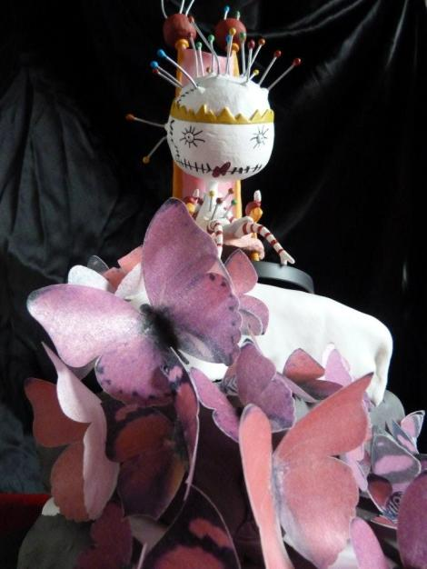 pin cushion queen cake