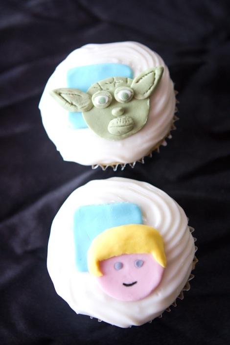 Yoda Luke Skywalker cupcakes Starwars