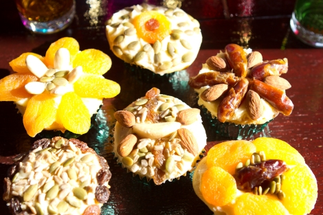 Fruit and nuts cupcakes