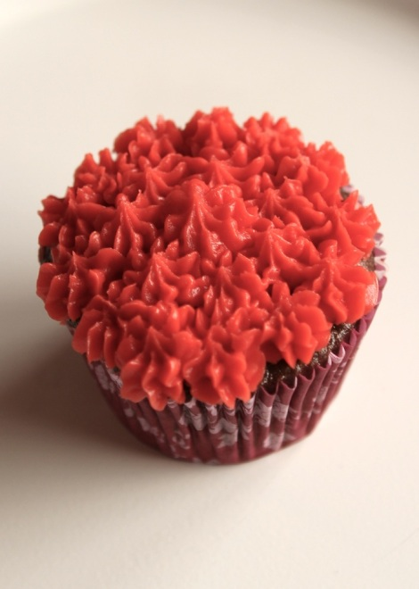 Pipping techniques cupcakes - drop flowers