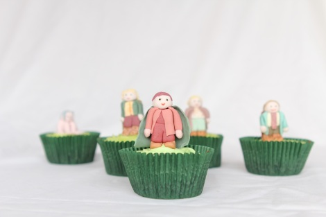Lord of the rings  Hobbits Frodo cupcakes by Cupcaketeer