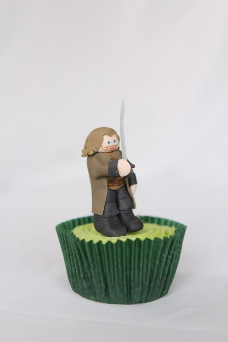 Lord of the rings Aragorn cupcakes by Cupcaketeer
