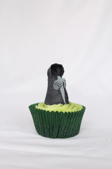 Lord of the rings ringwraith cupcakes by Cupcaketeer
