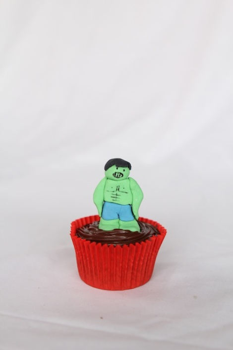 The Hulk -The Avengers cupcakes by Cupcaketeer
