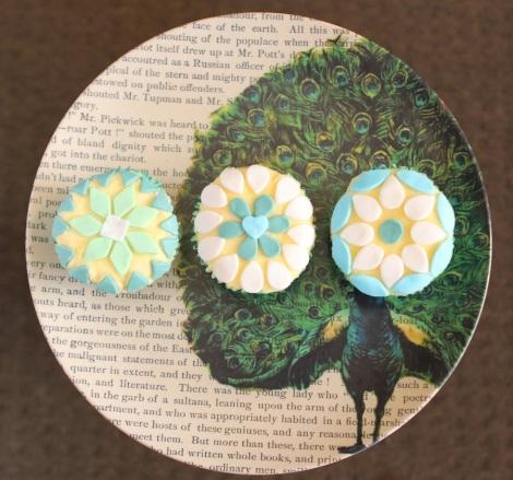 Green mosaic cupcakes