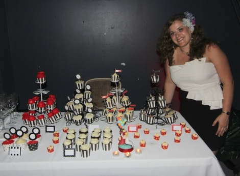 Wedding cupcakes display